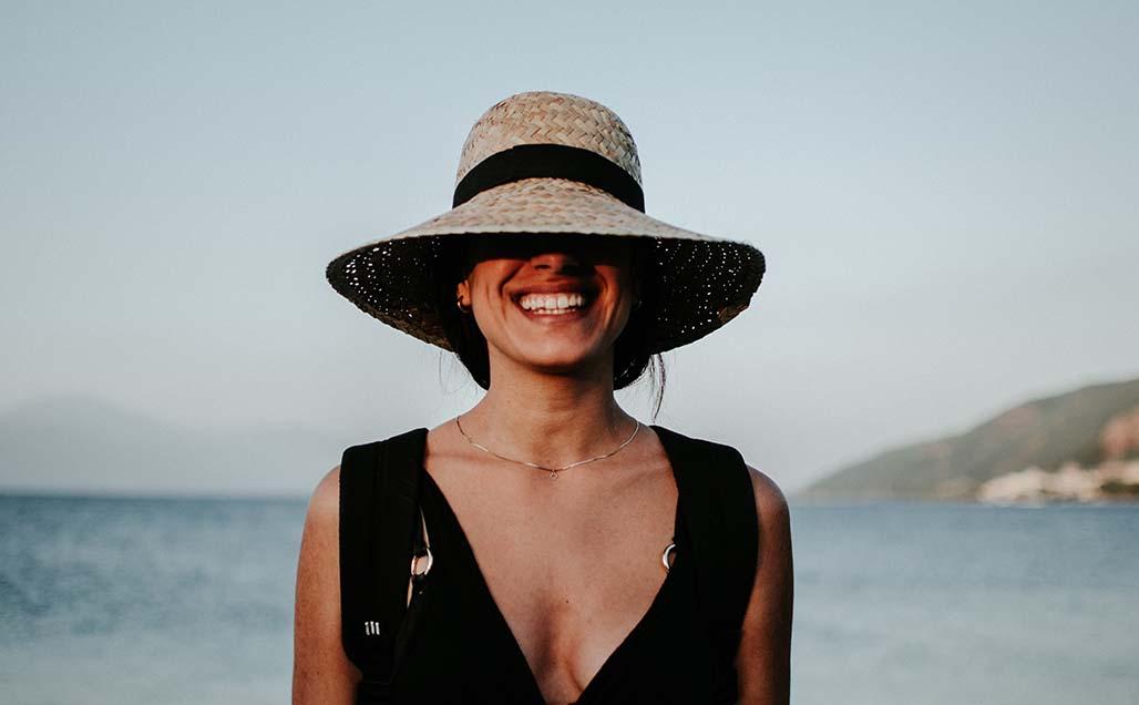 нанасяне на слънцезащитен крем